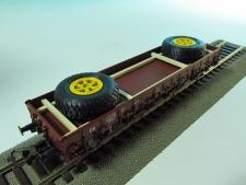 11549-A- 2 velké pneumatiky-29x120x12 mm