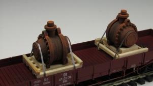 11568-A Achsgetriebe auf palette - 2 St 23x29x29 mm
